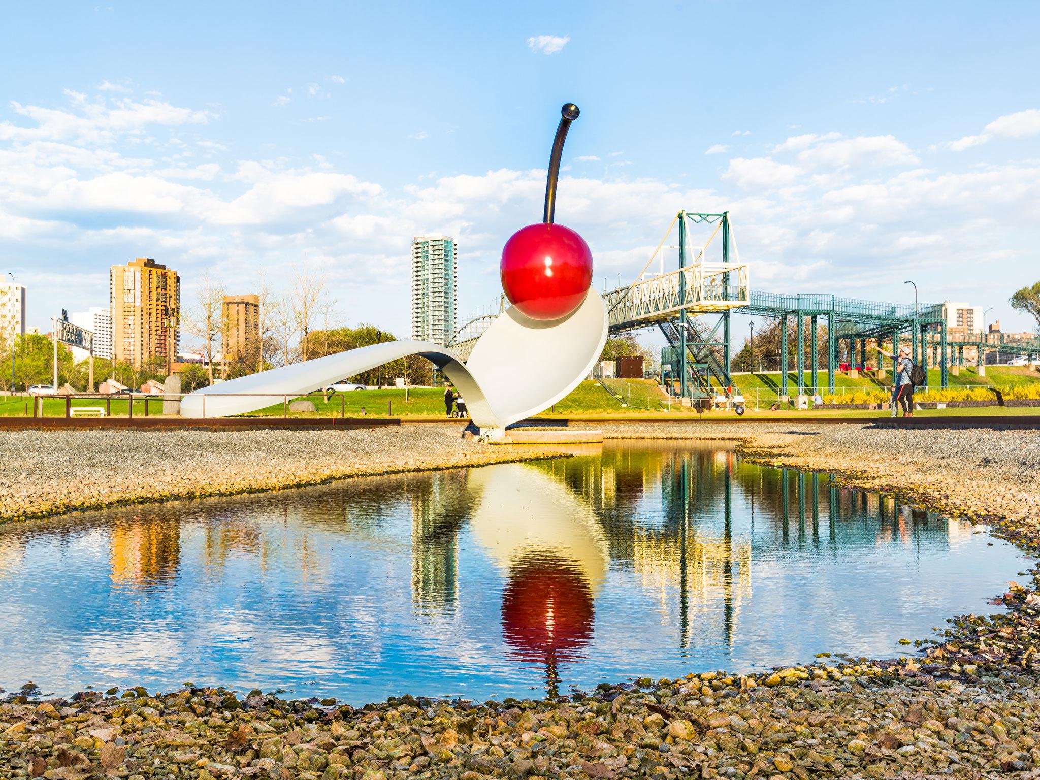 Minneapolis Sculpture Garden - Minnesota - US