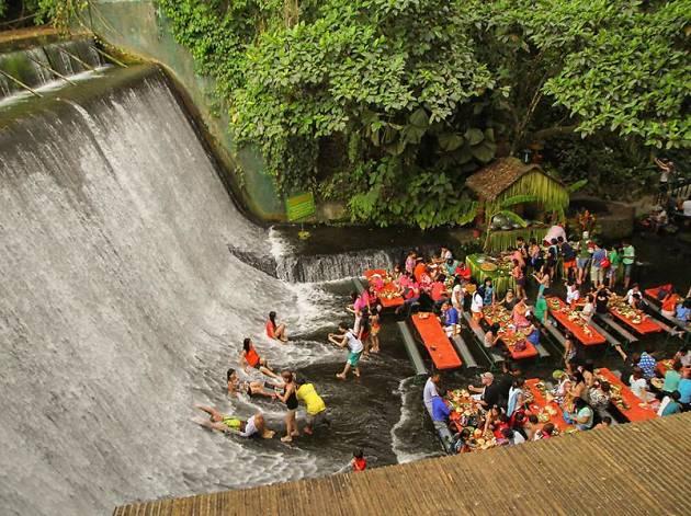 Labasin Waterfalls Restaurant