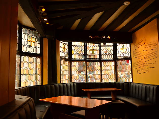 The Golden Cross, Coventry, for virgin trains foodie feature