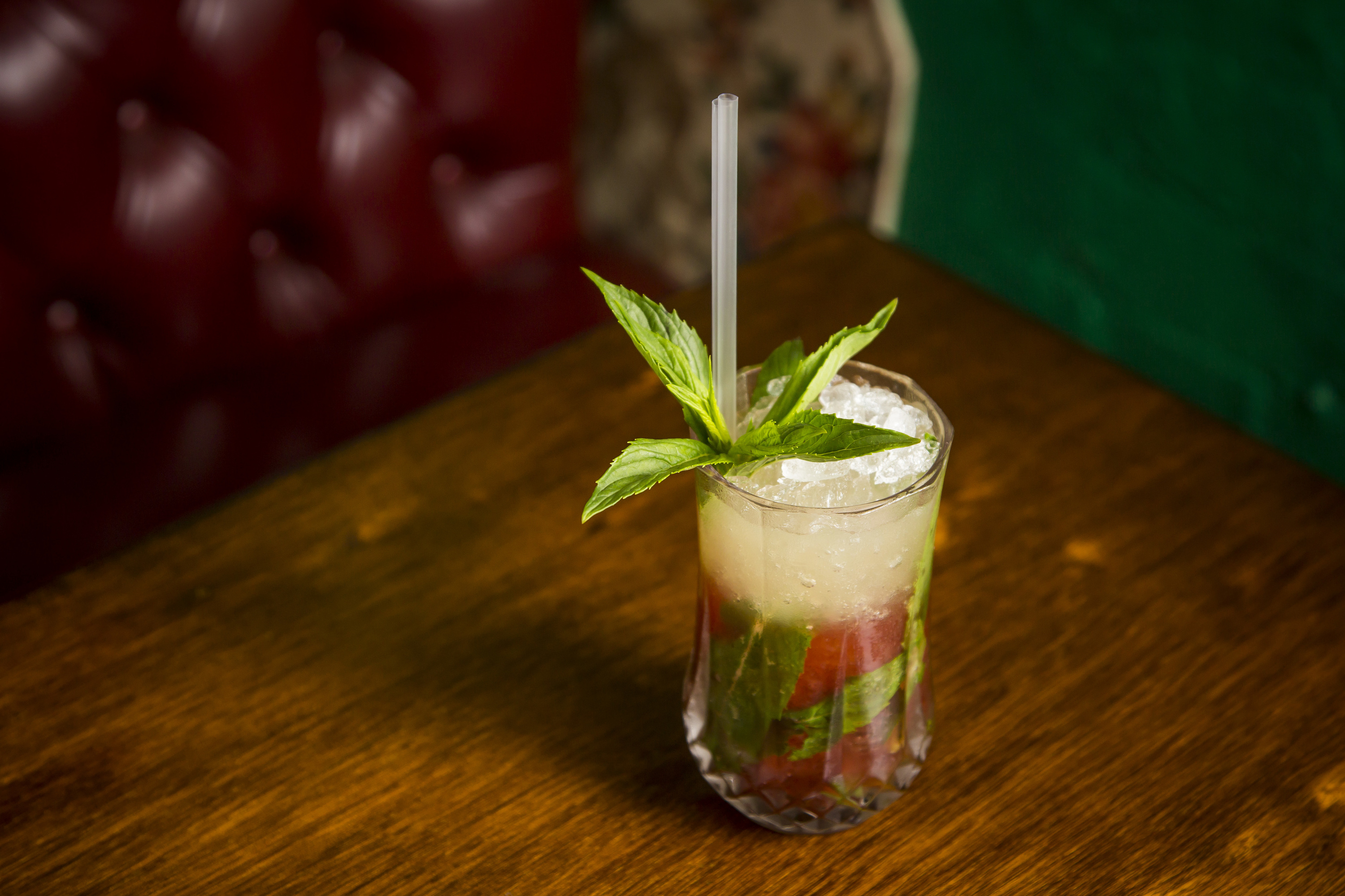 Why Sydney bars and pubs are ditching plastic straws for good