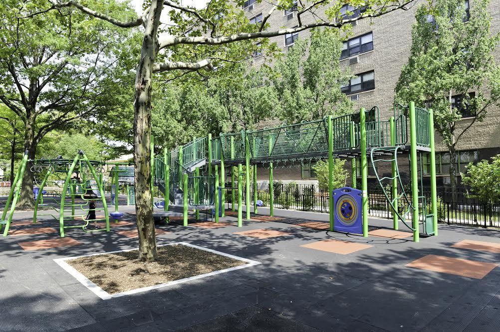 Big Bush Park Playground
