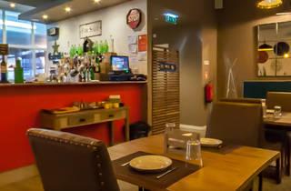Rambóia Steakhouse & Bar