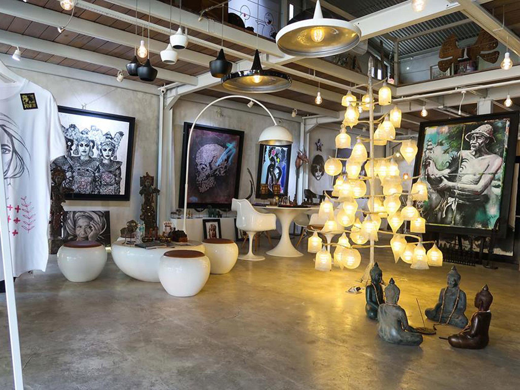 Nyaman Gallery - Seminyak - Indonesia