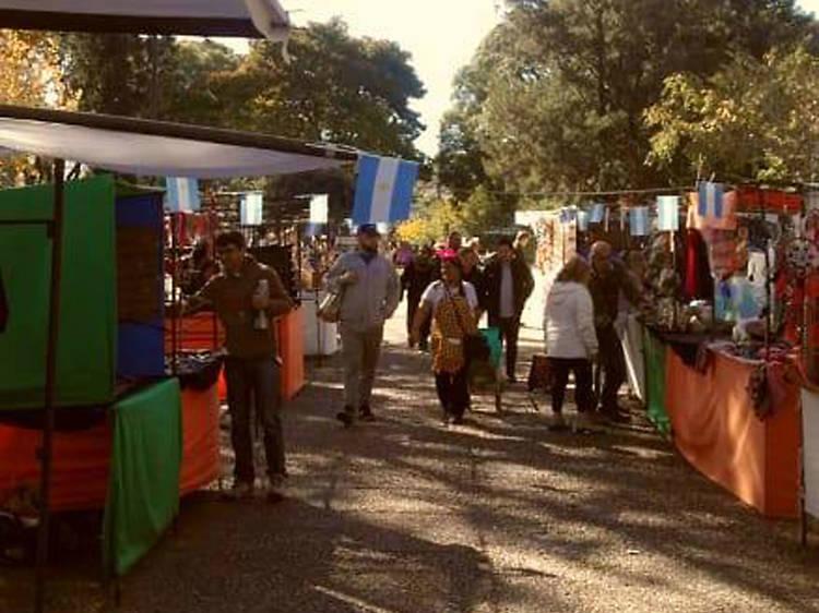 Feria Artesanal del Parque Centenario