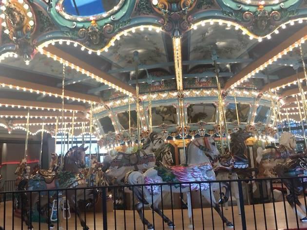 Memphis Grand Carousel