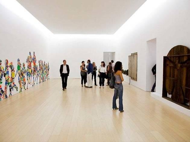 Museo d'Arte Contemporanea (MADRE)