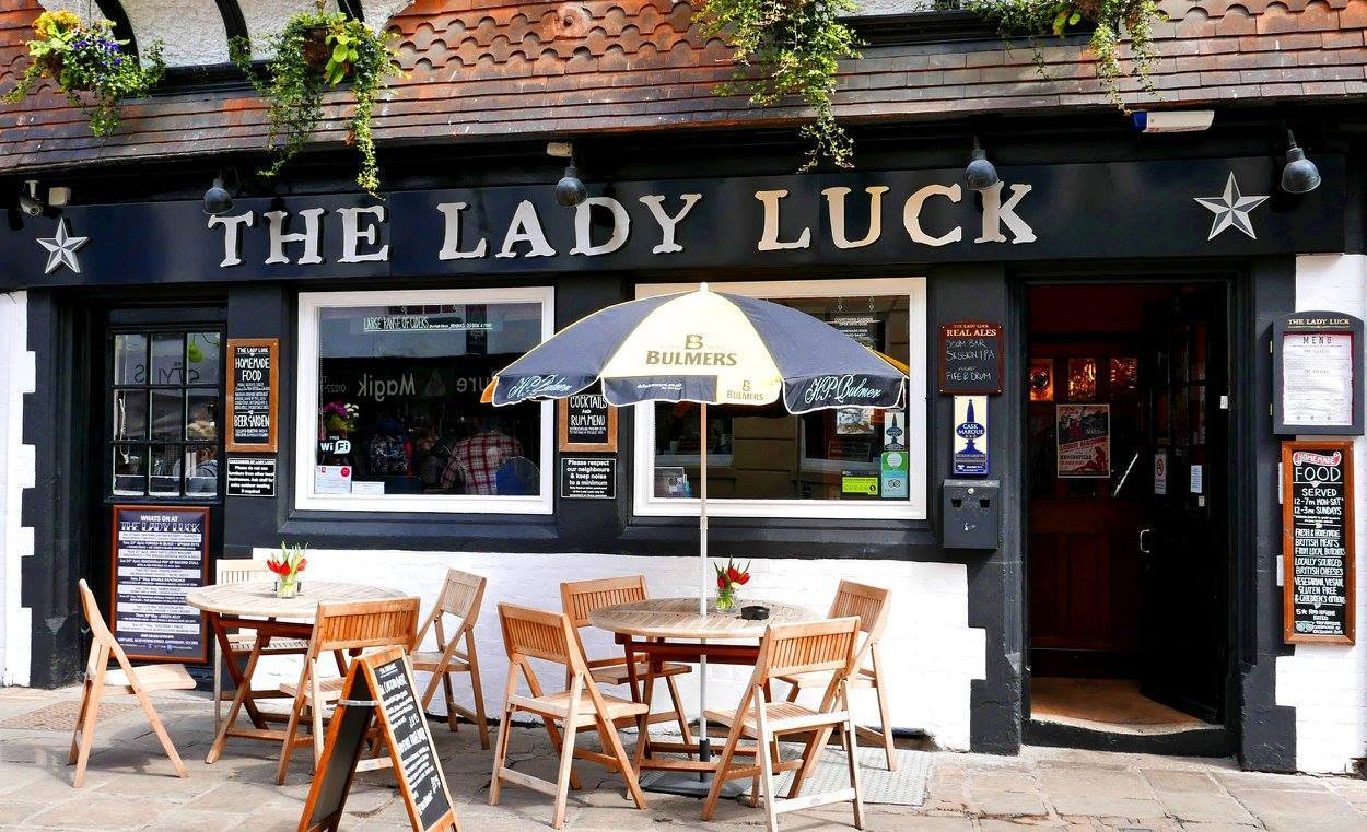 Lady Luck Bar