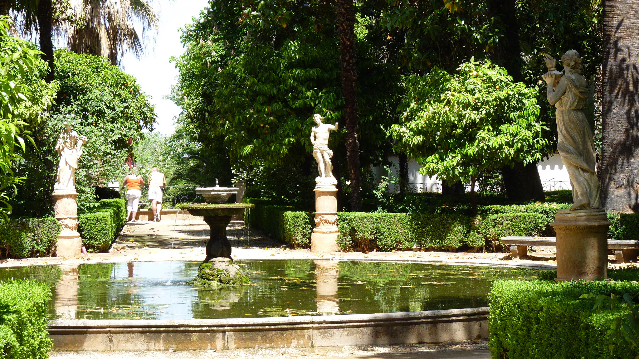 Carmen de los Martires gardens