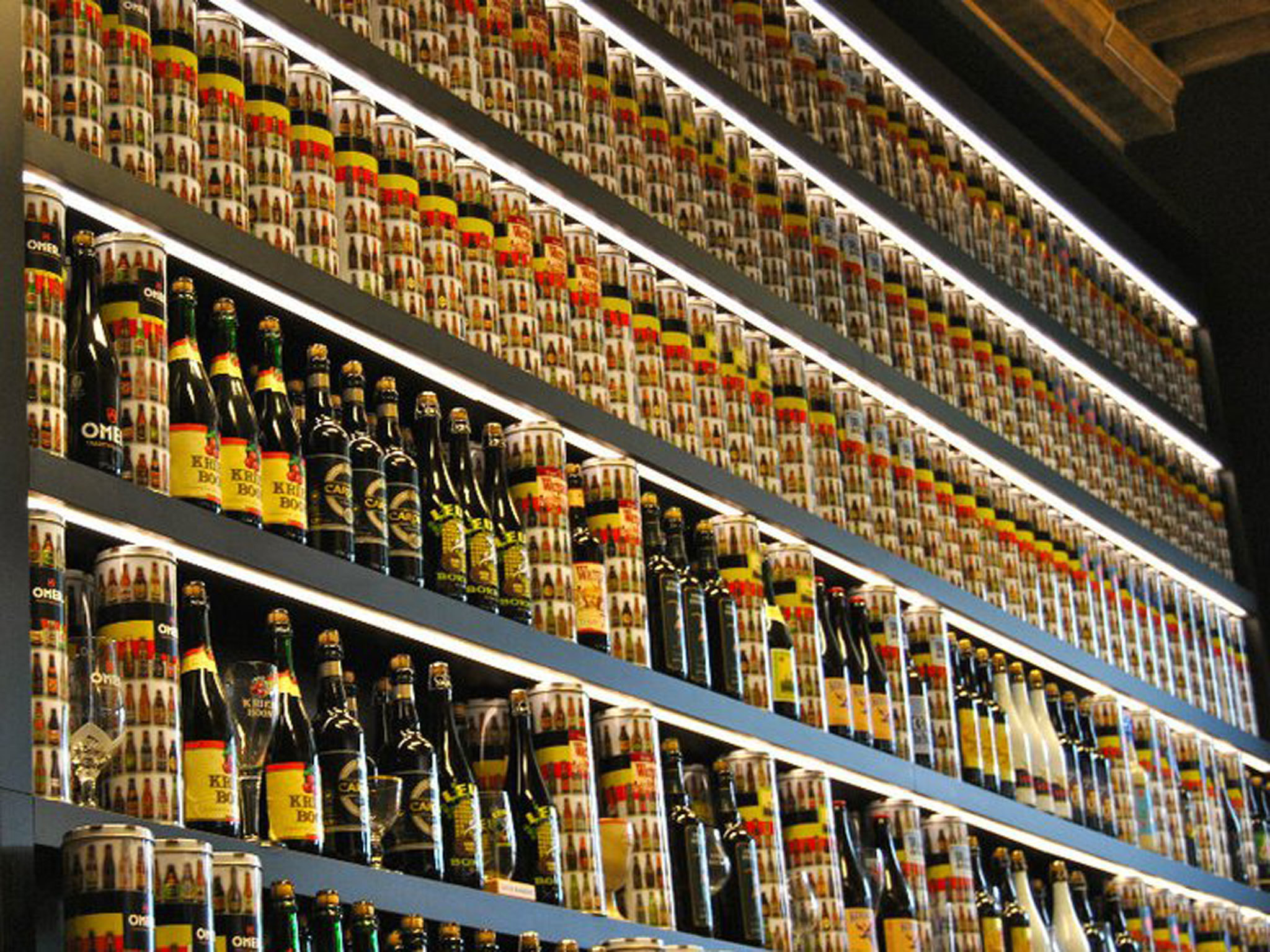 2be Beer Wall - Bruges - Belgium
