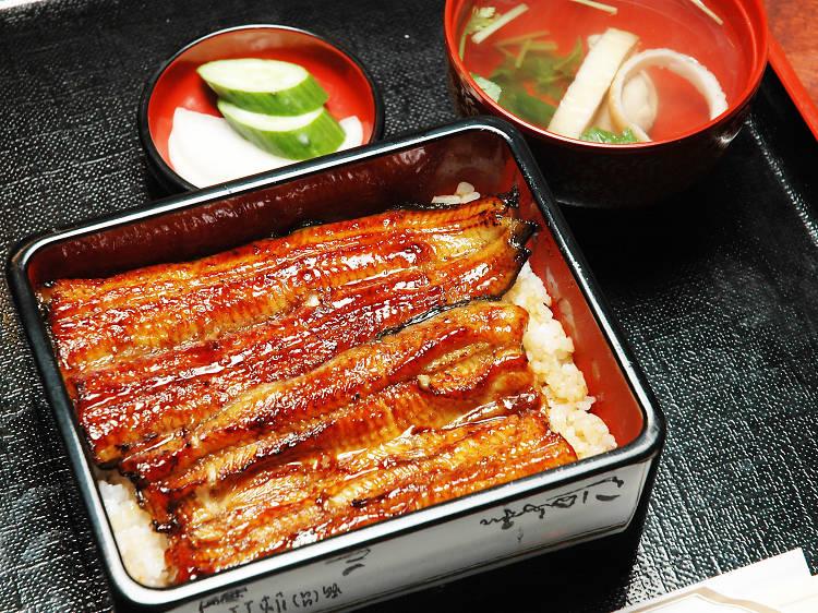 Eat some unagi kabayaki, a regional speciality