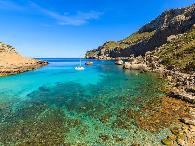 Drive along the Cap de Formentor