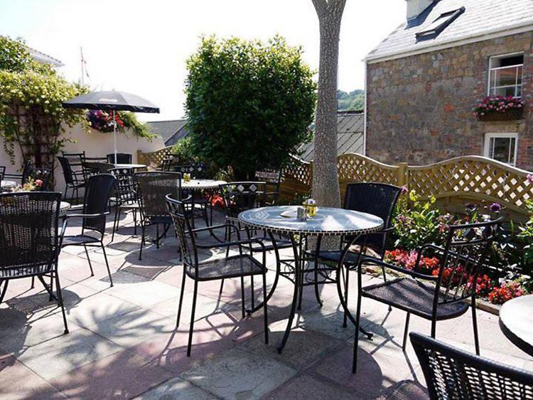 Rozel Bay Tea Room