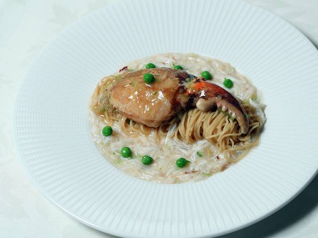 Noodle dish at Flower Drum
