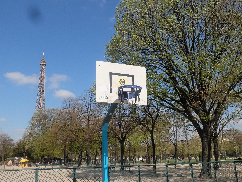 Faire Un Demi Terrain De Basket 10 playground pour les ballers les meilleurs terrains de