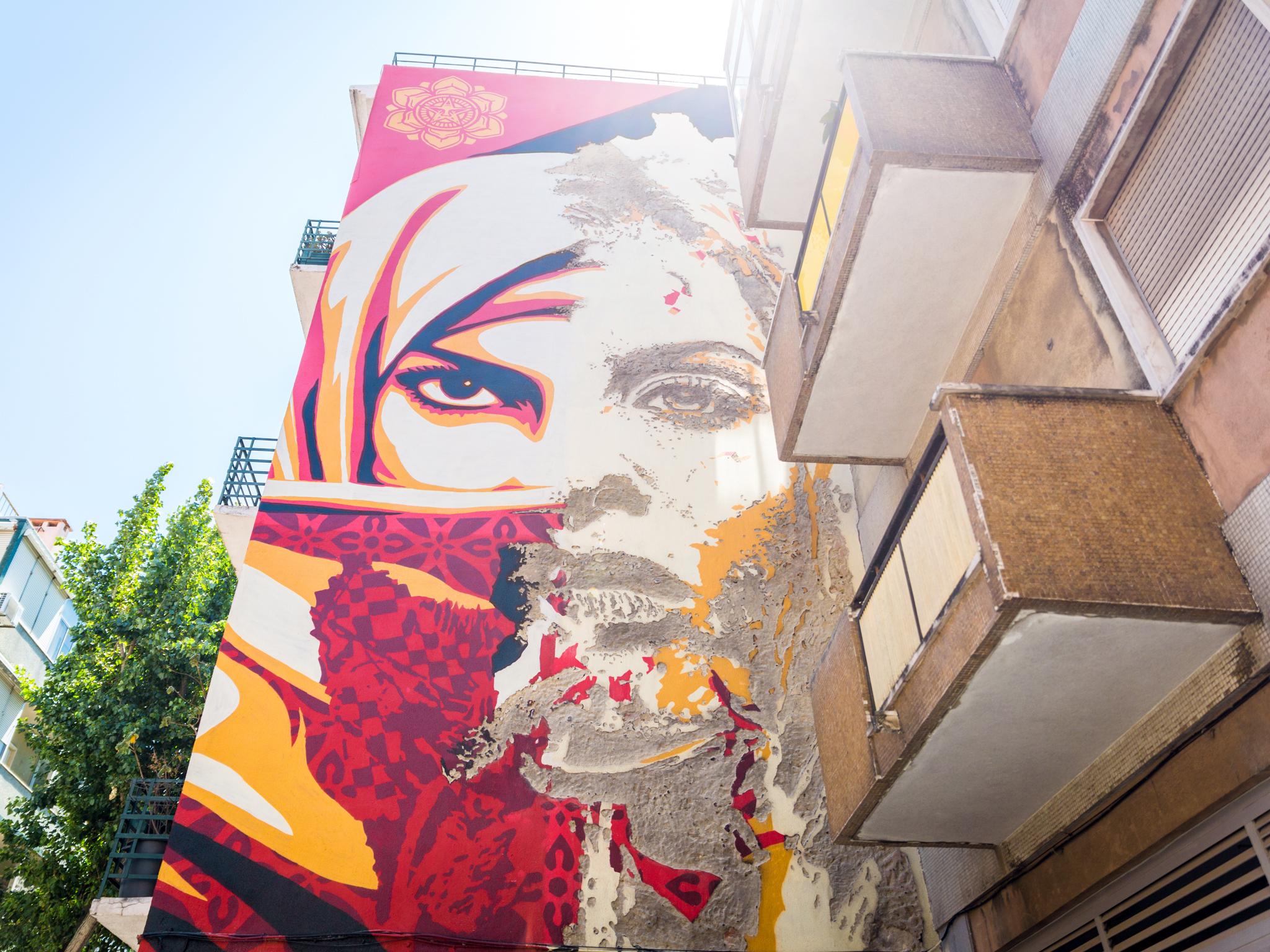 Mural Shepard Fairey e Vhils