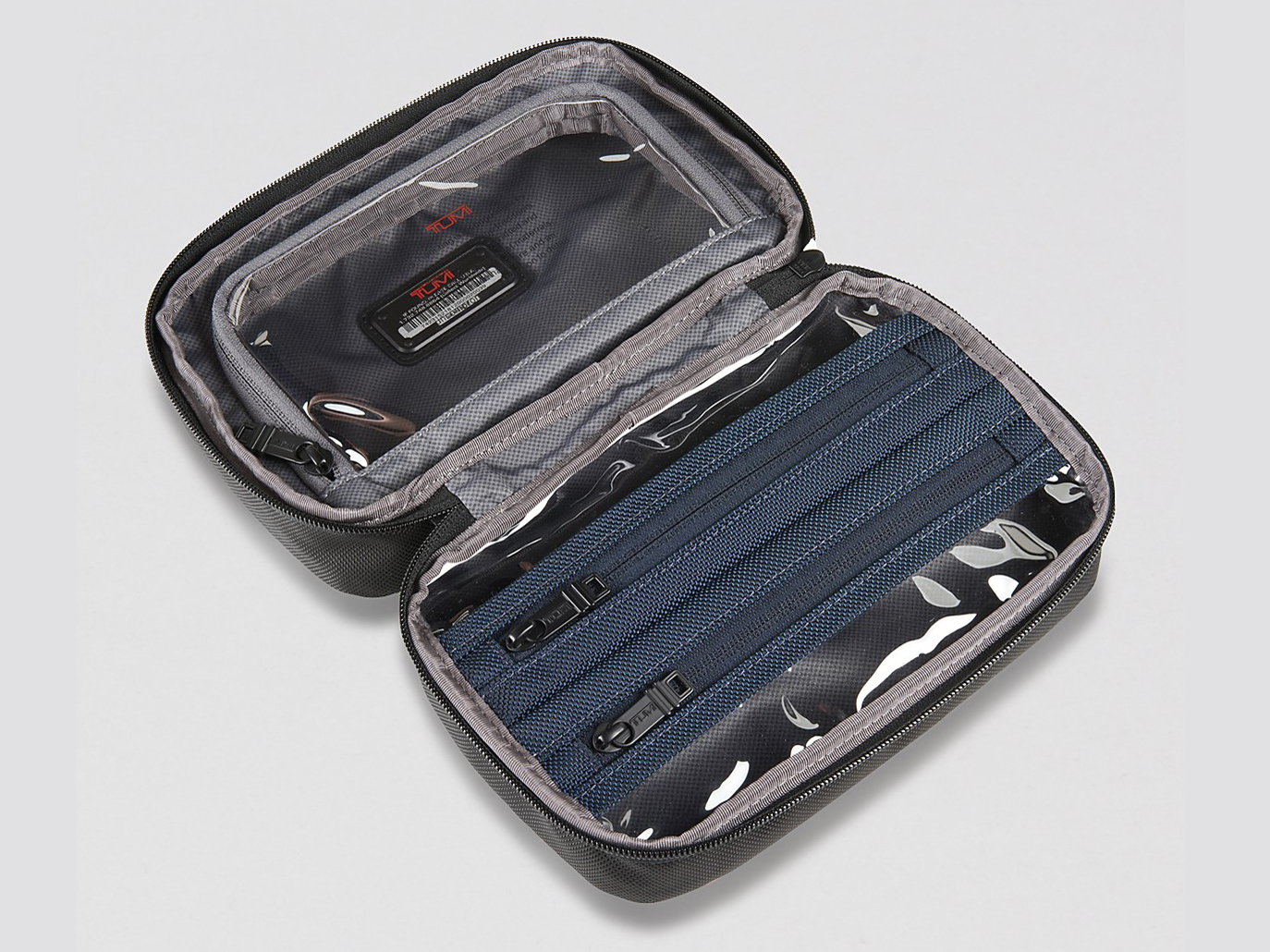 15 Best Toiletry Bags Cases For Your Travel Essentials