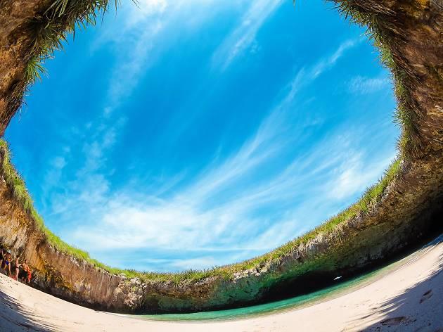 Playa del Amor, eitw