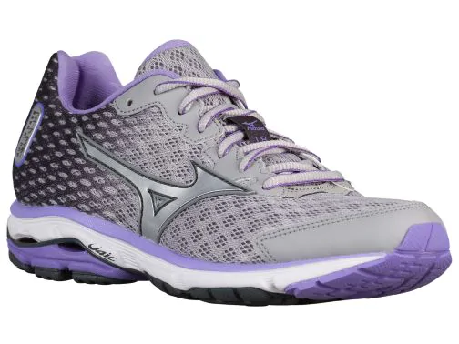 Best womens running shoes 14 Mizuno from Eastbay