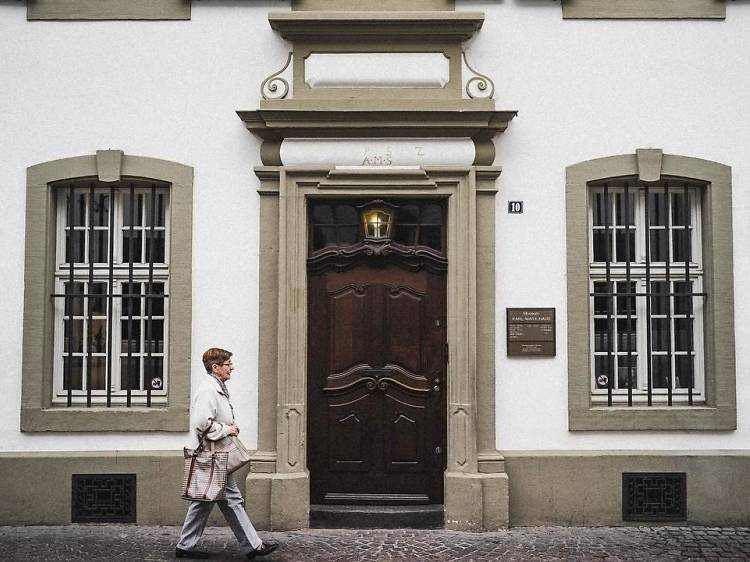 Call by Karl Marx's house