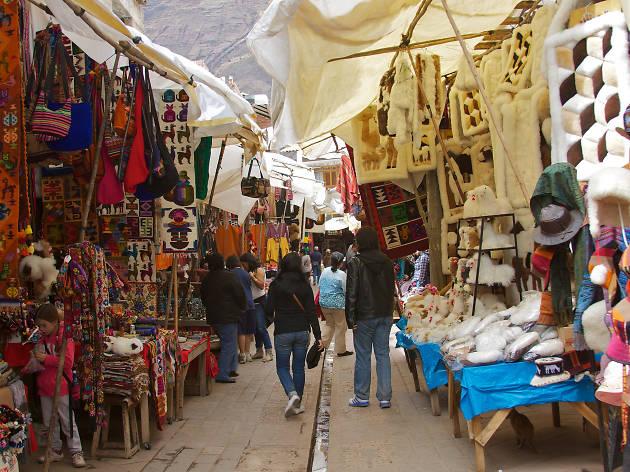 Peruvian market in Pisac