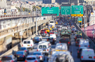 """Luxury shuttle service """"The New L"""" wants to help commuters affected by the L train shutdown"""