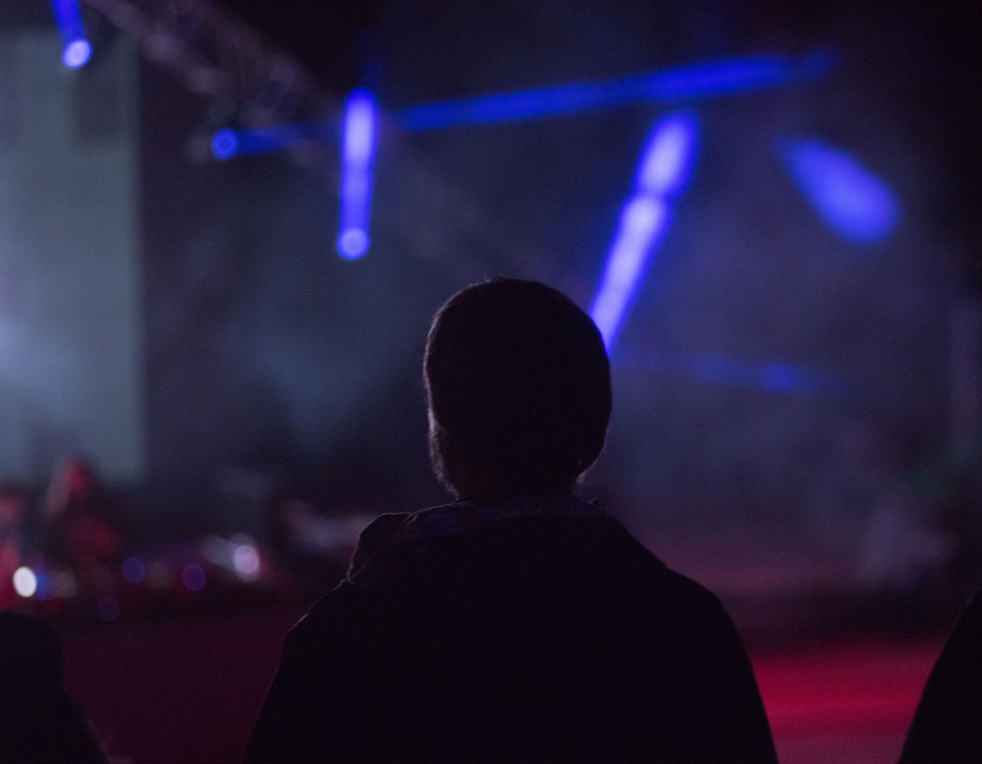 若者はクラブに行きづらい?東京の夜遊び方法を考える