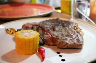 Tomahawk Steakhouse