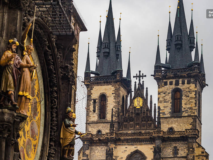 Three-Hour Walking Tour of Old Town and Prague Castle