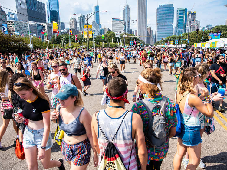 Going to Lollapalooza? Bring a printed copy of your vaccine card.