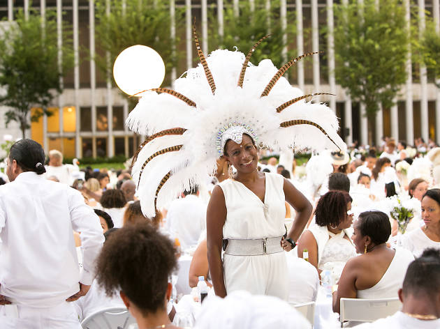 Dîner en Blanc NYC 2019 Guide With Everything You Need e8b0da372