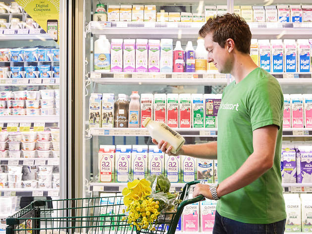 Best Grocery Delivery Services in Chicago for Food, Drinks