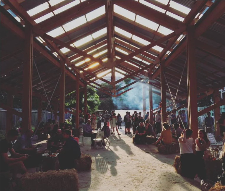 Farmyard Cinema: Unbranded