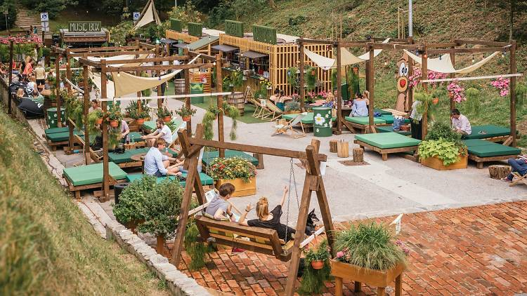 Pop Up Summer Garden