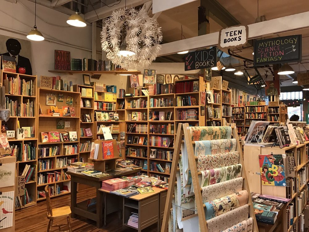 10 Best Bookstores in San Francisco to Get a Good Book