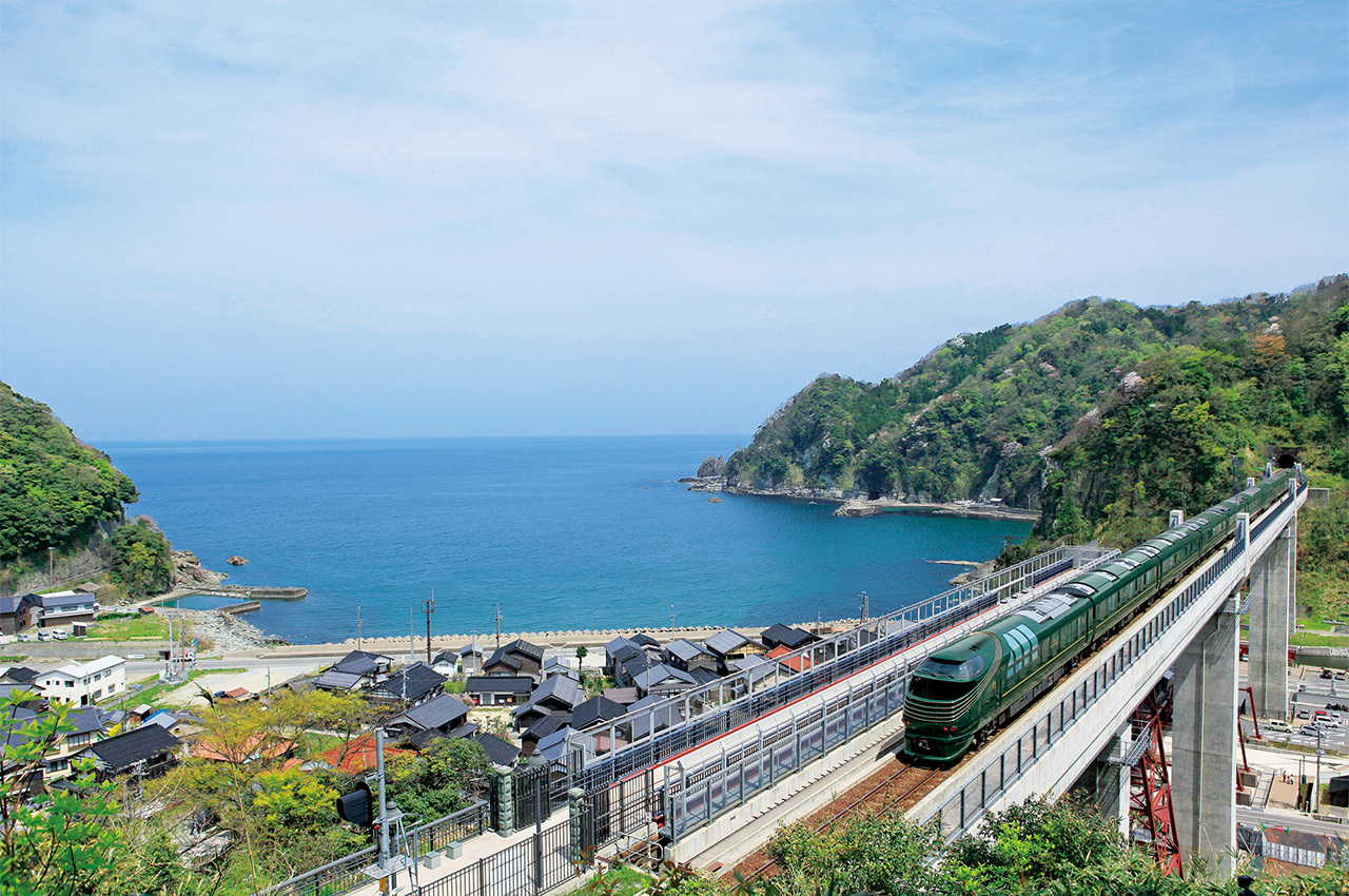 Five of the best sightseeing trains in Japan