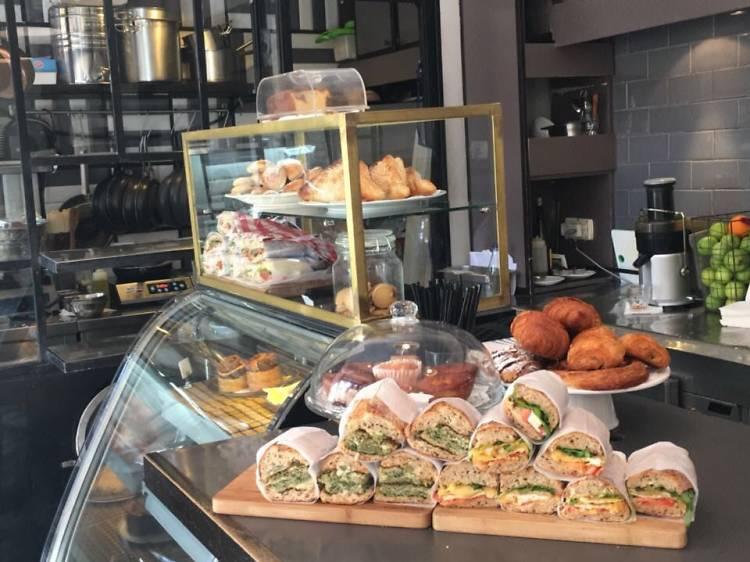 Café Bezalel