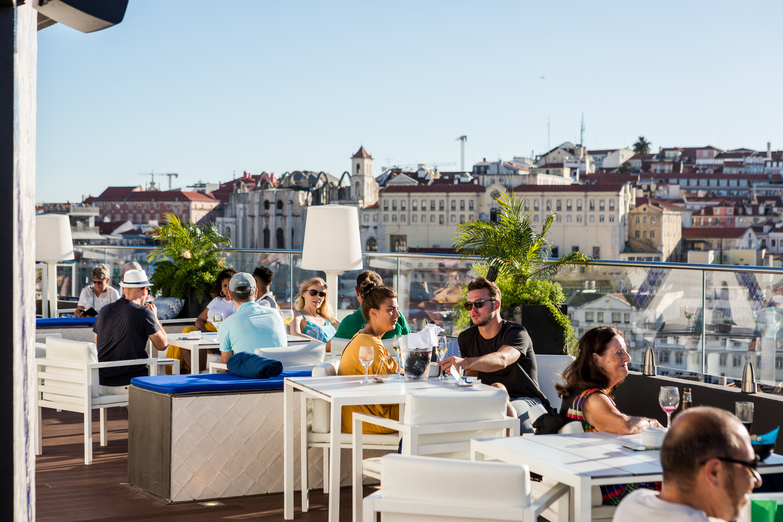 Há novidades no Rooftop Bar do Hotel Mundial
