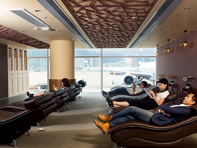 Hong Kong airport relaxation corner
