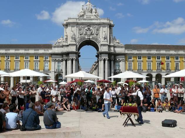 Lisboa Mágica: seis dias de espectáculos de magia gratuitos nas ruas