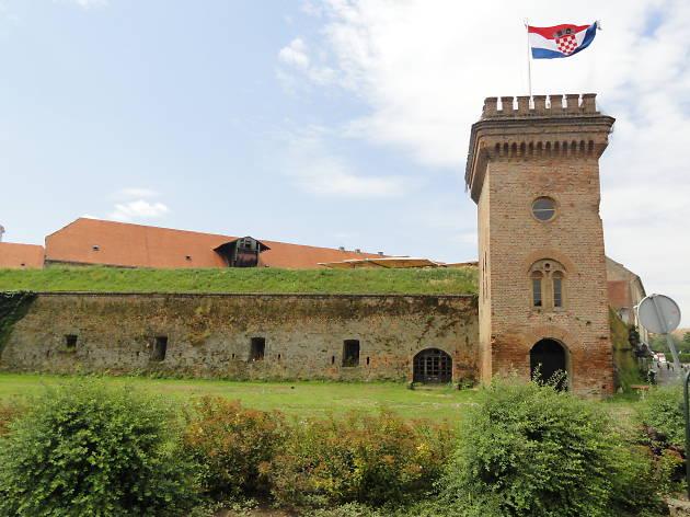 Osijek old city walls