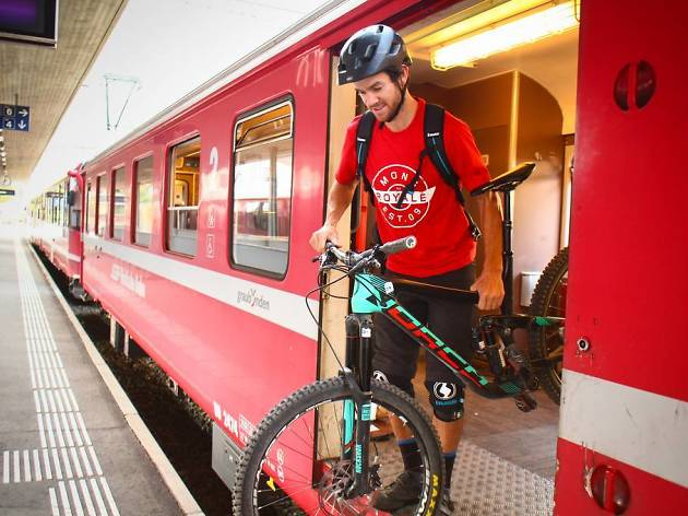 Rail and bike, Rhaetian Railways campaign