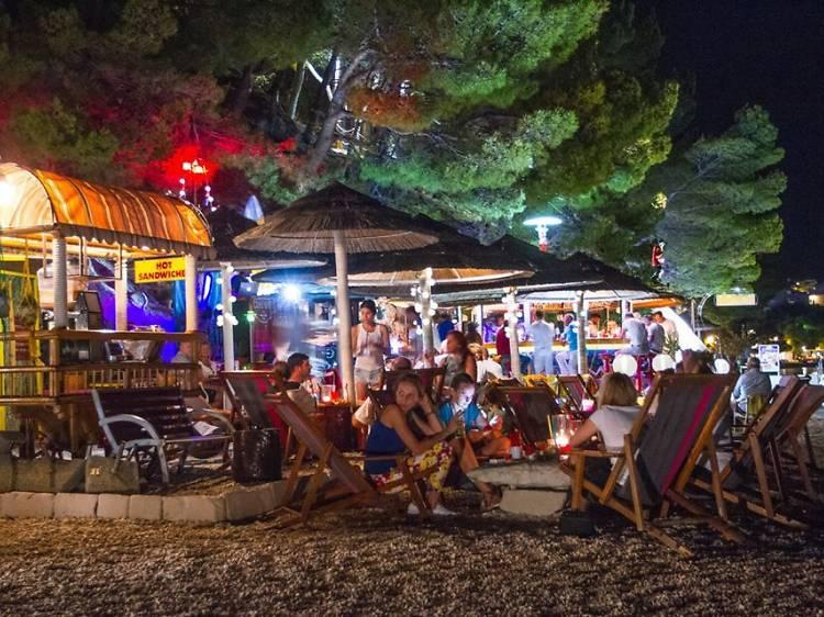 Hang out at Južnjačka Utjeha beach bar