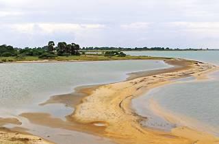 Chundikulam lagoon in Elephant Pass