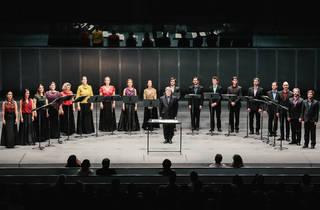 Coro da Casa da Música & Paul Hillier