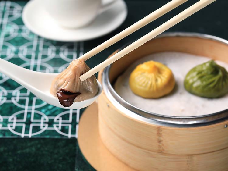 Cuisine Cuisine: Chocolate xiao long bao