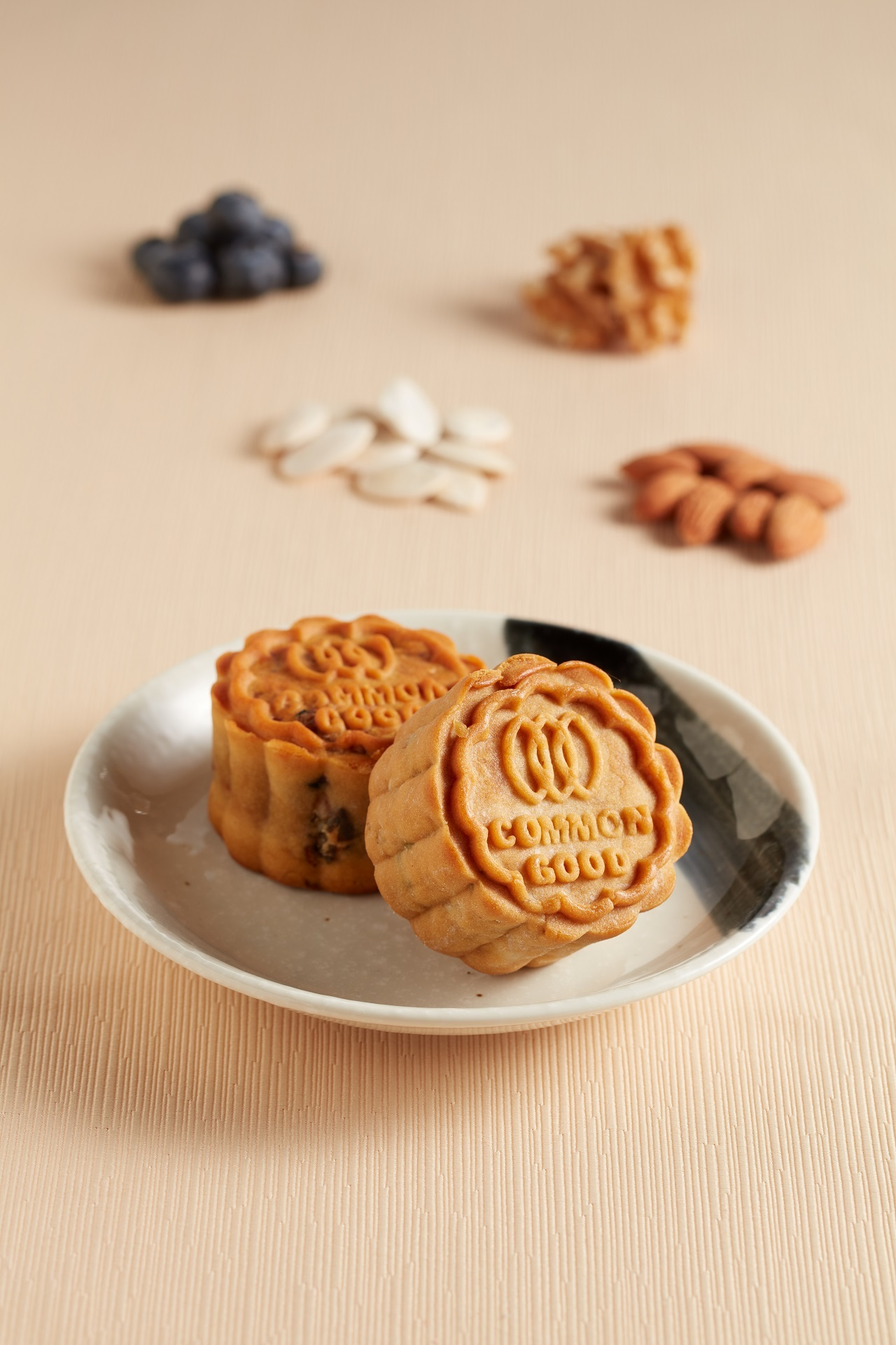 Blueburry Mixed Nuts Vegan Mooncake