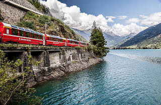 Bernina Express am Lago di Poschiavo