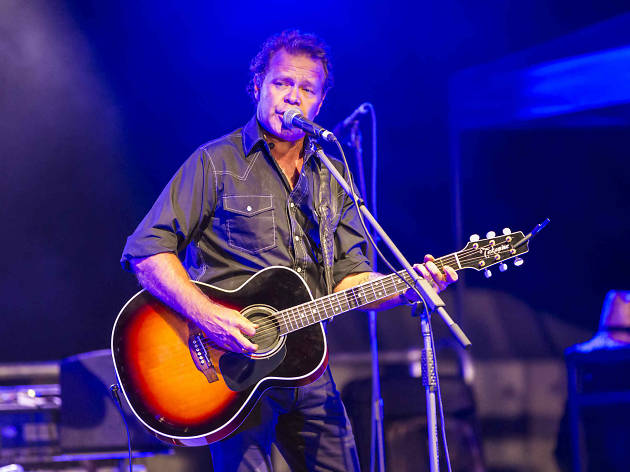 Troy Cassar-Daley at Yarrabah Band Festival