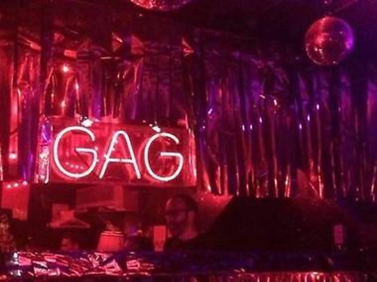 See an epic drag show at Metropolitan Bar