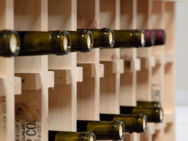 Wine cage